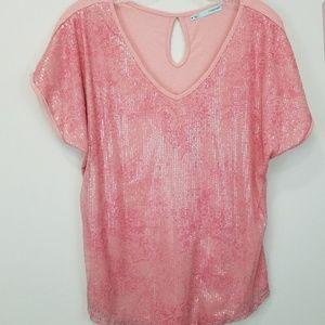Pink glittery v neck tee